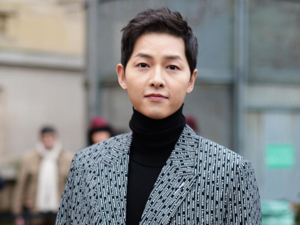 Putranya Cerai dari Song Hye Kyo, Ayah Song Joong Ki Merasa Bersalah