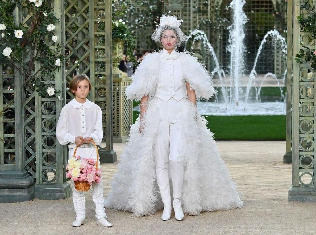 5 Tren dari Fashion Show Chanel Ini Patut Kamu Lirik
