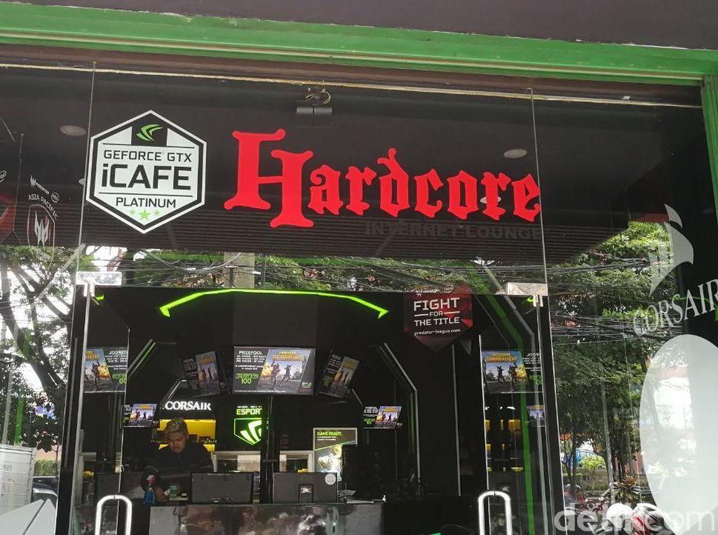 Melongok Warnet Idaman Gamer di Kota Malang