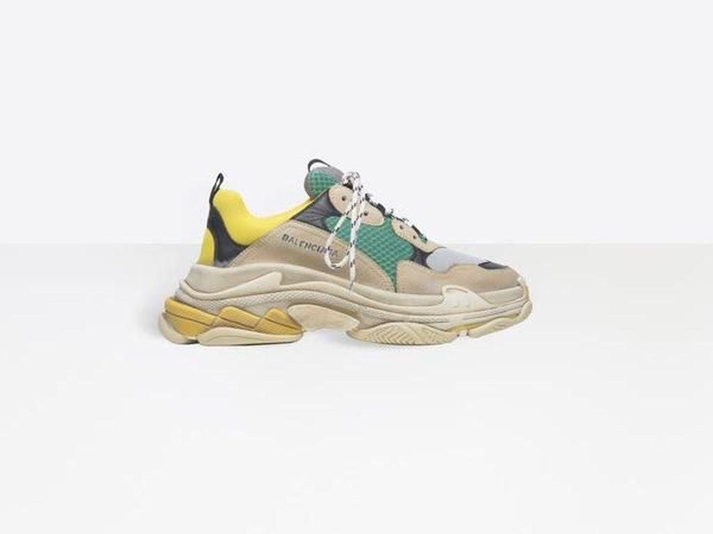 Off-White Hingga Balenciaga, 5 Sneakers Keren di Urban Sneaker Society