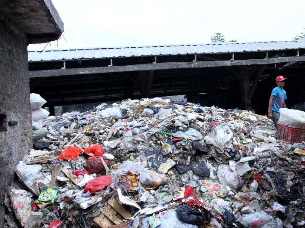 Resahkan Warga, TPS Liar di Rancaekek Bandung Ditutup!