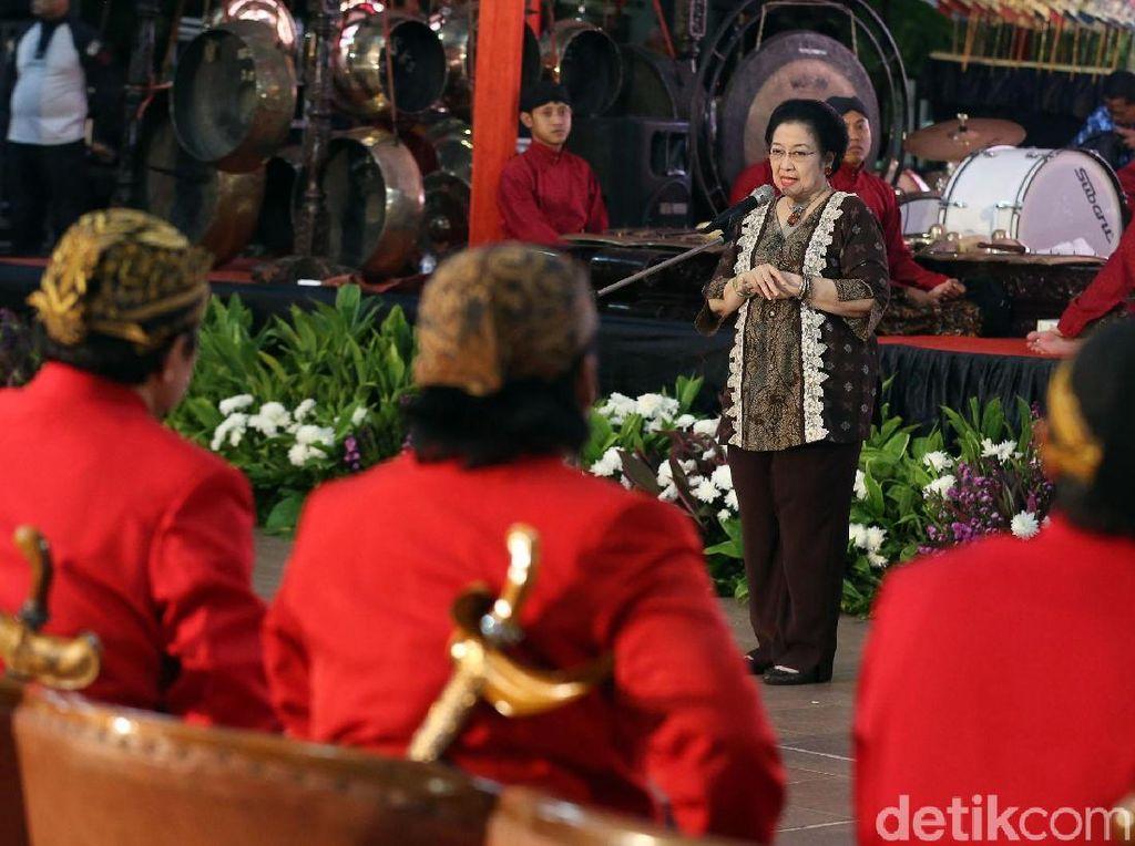 Megawati Minta Baguna PDIP Tangani KLB Asmat Secara Berkelanjutan