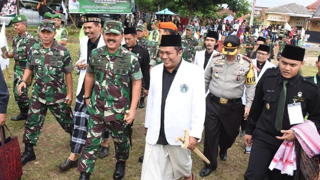 Panglima TNI Hadiri Pengukuhan Pimpinan Pusat Pagar Nusa