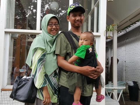 Kinan bersama suami dan anaknya, Tabina/