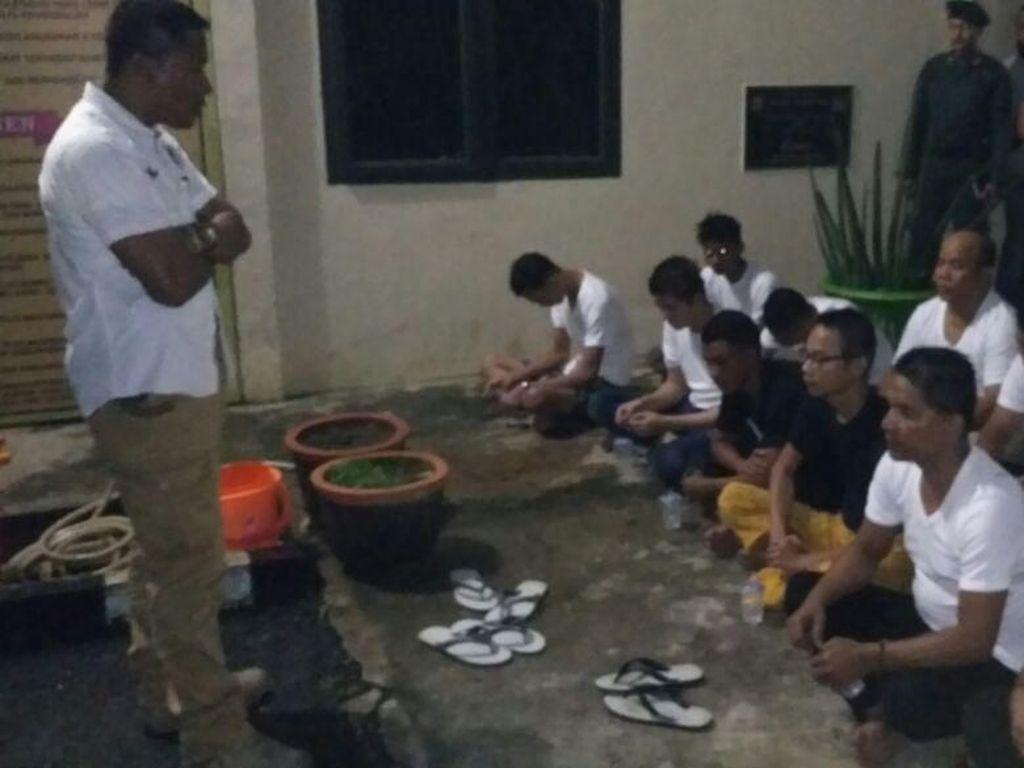Bantah Gunduli Waria, Kapolres Aceh Utara: Cuma Pangkas Biar Macho