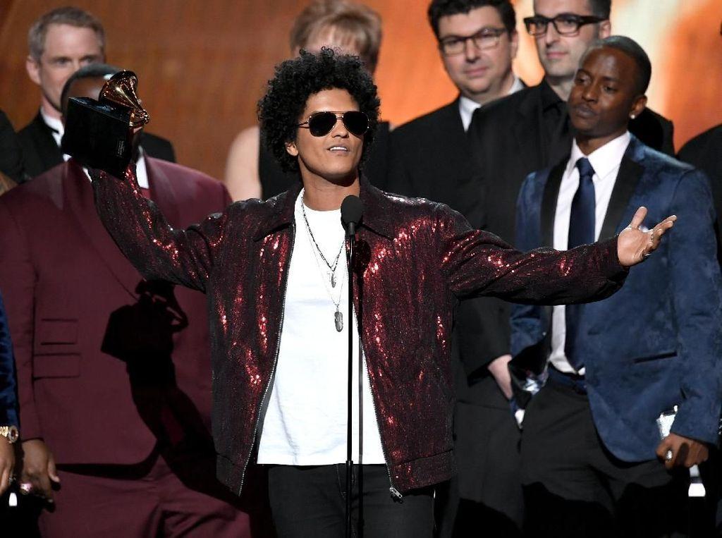 Kali Aja Kelewatan! Ini Penampilan Memukau Musisi di Grammy 2018