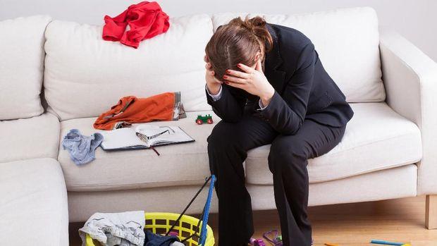 Tips agar Ibu Bekerja Tak Terlalu Merasa Bersalah pada Anak