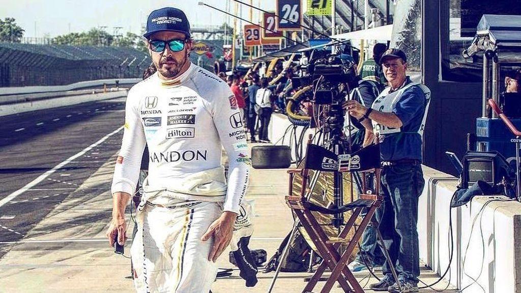 Foto: Ekstrem! Begini Olahraganya Pembalap F1 Fernando Alonso