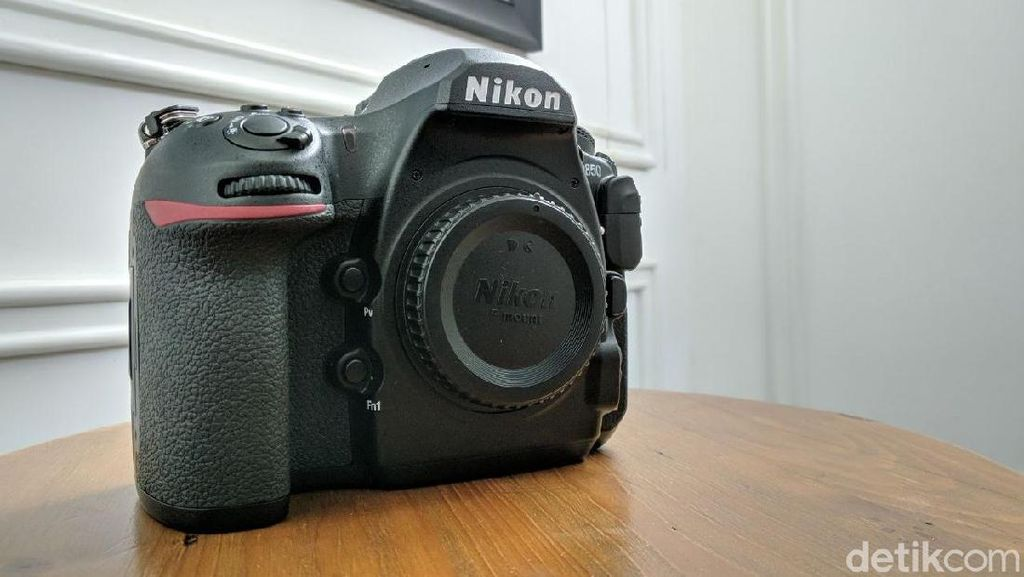 Penampakan Kamera DSLR Baru Nikon Seharga Rp 51 Juta