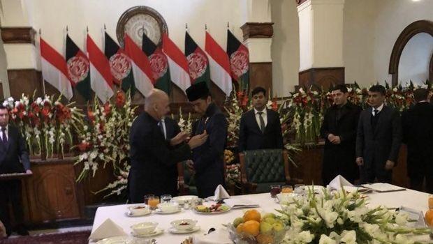 Dinilai Berani, Jokowi Terima Medali Tertinggi dari Afghanistan
