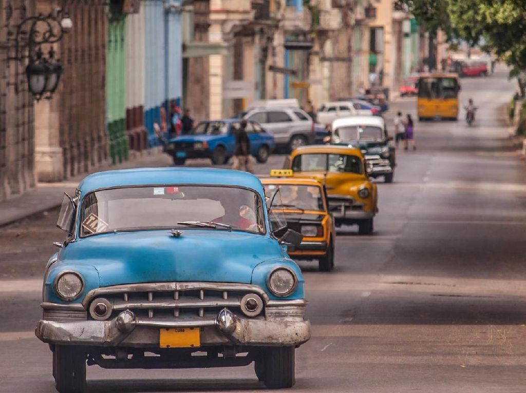 Punya Sistem Kesehatan Bagus, Kuba Juga Dikenal dengan Surganya Mobil Klasik