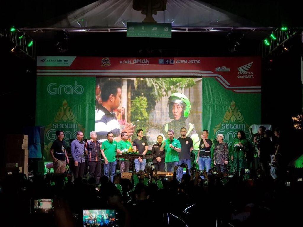 Kaesang dan Ustadz Yusuf Mansur Meriahkan Ultah Grab Semarang