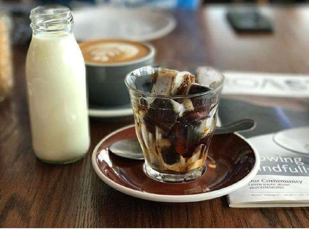 Kafe Cozy di Bangkok dengan Kopi Enak hingga Sate Ayam Pilihan Netizen