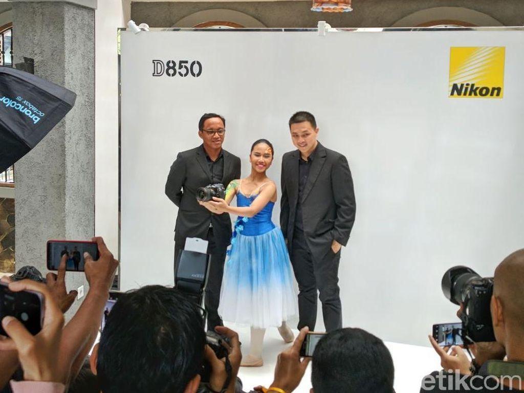 Di Indonesia, Nikon D850 Dijual Seharga Honda CBR 250