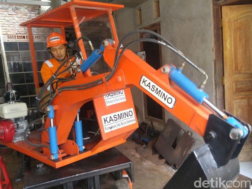 Ini Penampakan Ekskavator Mini Buatan Kasmin di Semarang