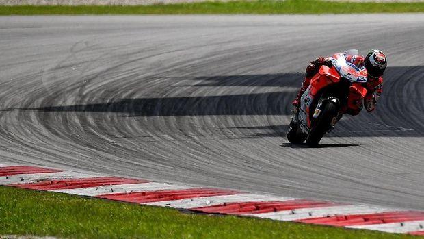 Jorge Lorenzo tampil bagus di tes resmi MotoGP di Sepang.