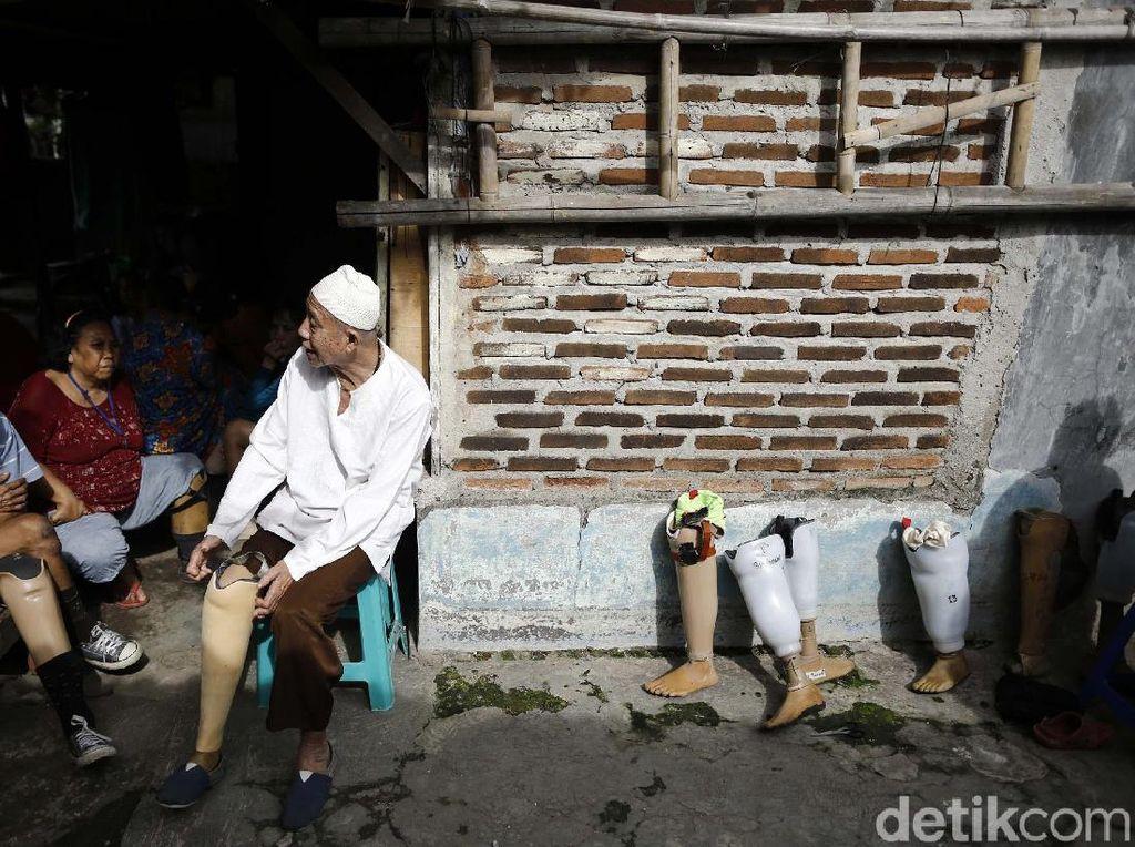 Foto: Keseharian Warga Kampung Kusta di Tangerang