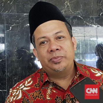Fahri Tergelitik Serban Jokowi saat Jadi Imam di Afghanistan