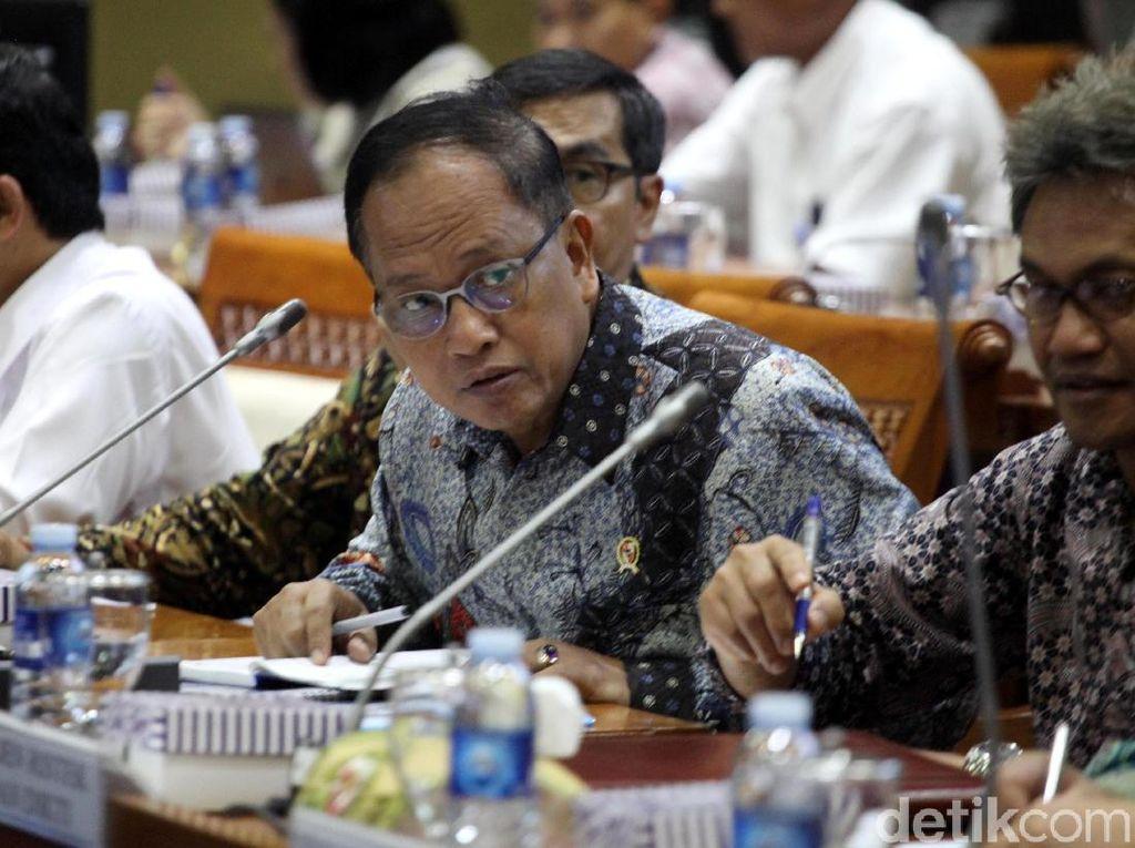 Menristek: Rektor Selesaikan Organisasi Terkait HTI atau Dia Selesai