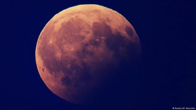 Ada Fenomena Langka Super Blue Blood Moon Malam ini, Catat Waktunya