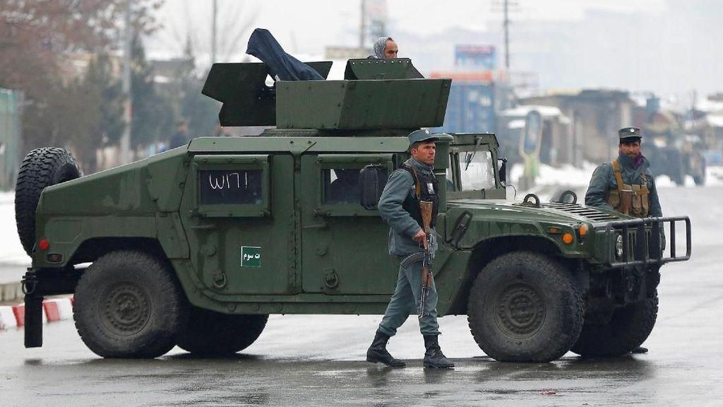 Foto: Pengamanan Ekstraketat Saat Jokowi Tiba di Afghanistan