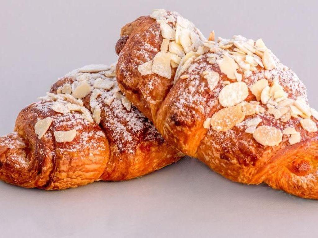 10 Varian Croissant dari yang Klasik Sampai Paling Kekinian