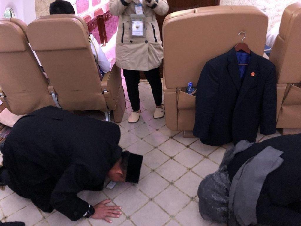 Kata Jokowi soal Danpaspampres-Menlu Sujud Syukur Tinggalkan Afghanistan