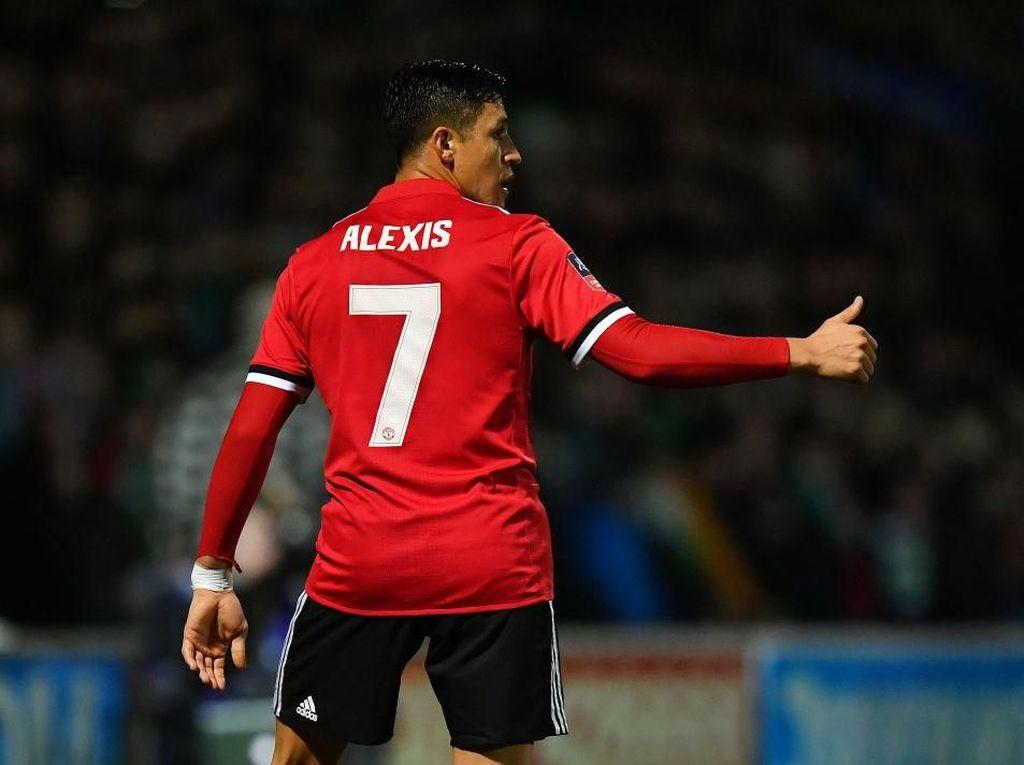 Eks Pemain Liverpool dan City Ini Nilai Sanchez Mulai Habis