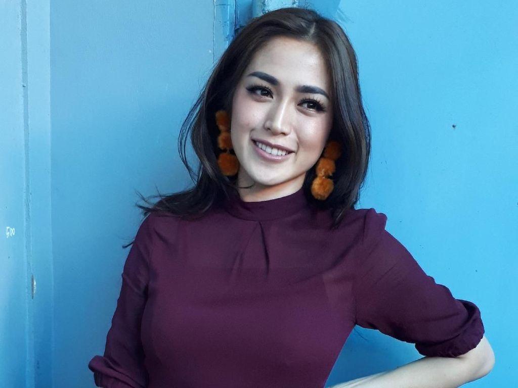 Demi Kebaikan, Jessica Iskandar Rela Hapus Foto Seksi