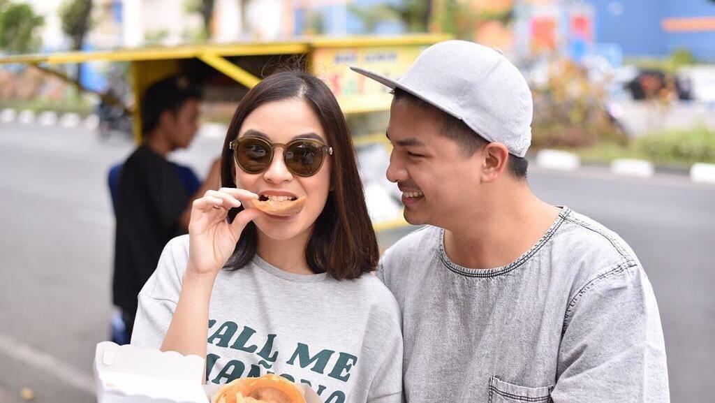 Meski Kecil Mungil Tubuhnya, Chelsea Olivia Doyan Makan Enak