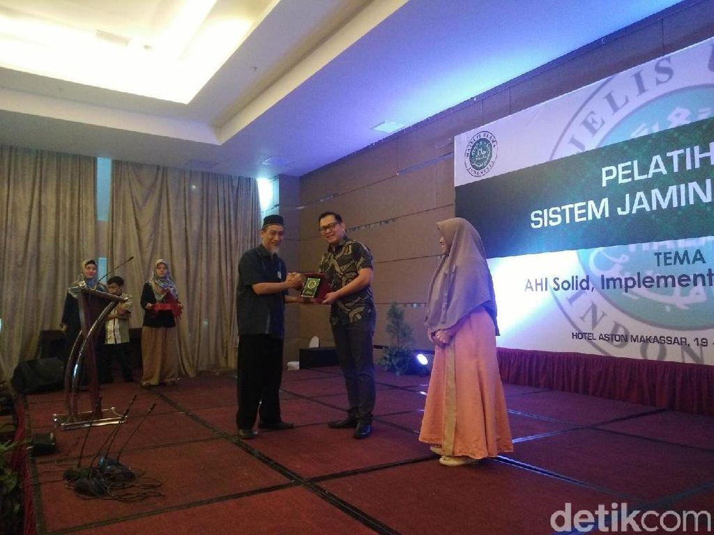 Hotel ini Raih Penghargaan Duta Halal & Pelopor Dapur Halal Hotel