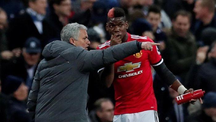 Didier Drogba meyakini tak ada masalah antara Jose Mourinho dan Paul Pogba (Foto: Andrew Couldridge/Action Images via Reuters)