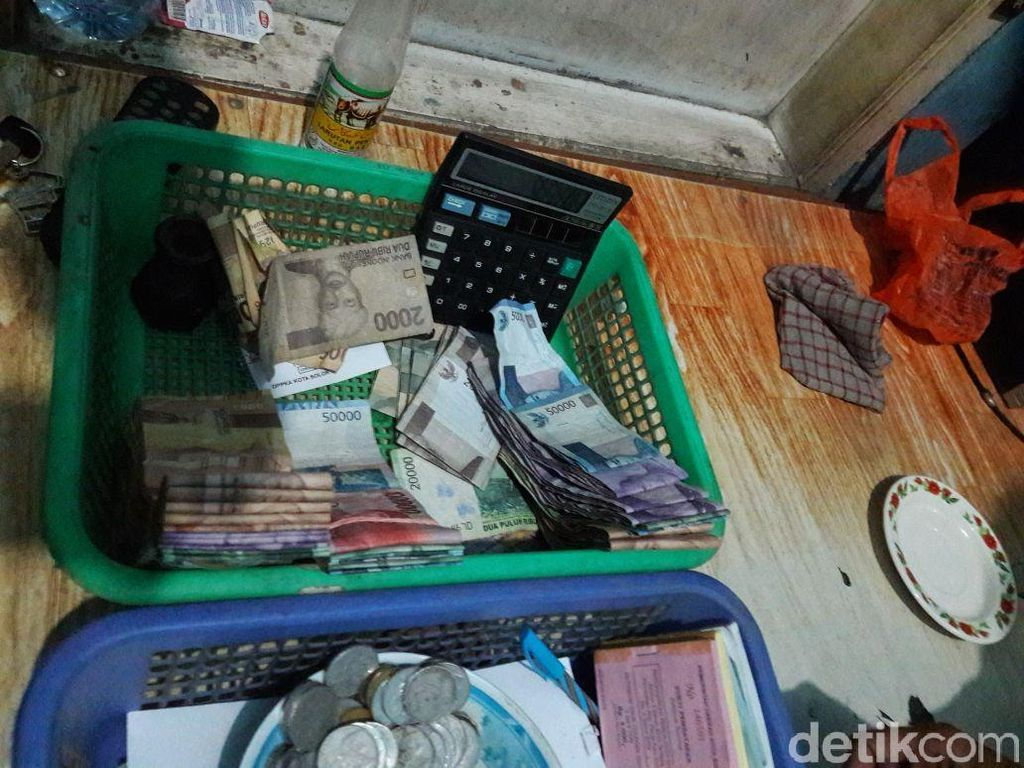 Polisi Tangkap 2 Petugas Dishub Kota Solok Terkait Pungli