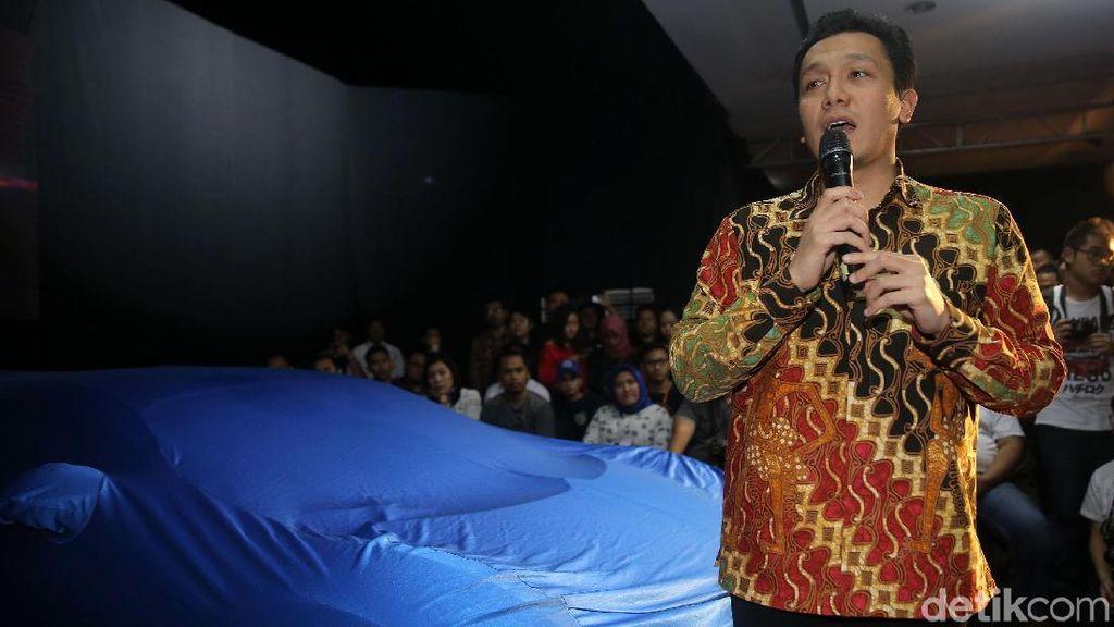Staf Jokowi Ingin Jalan-jalan Naik Mobil Miliaran Rupiah