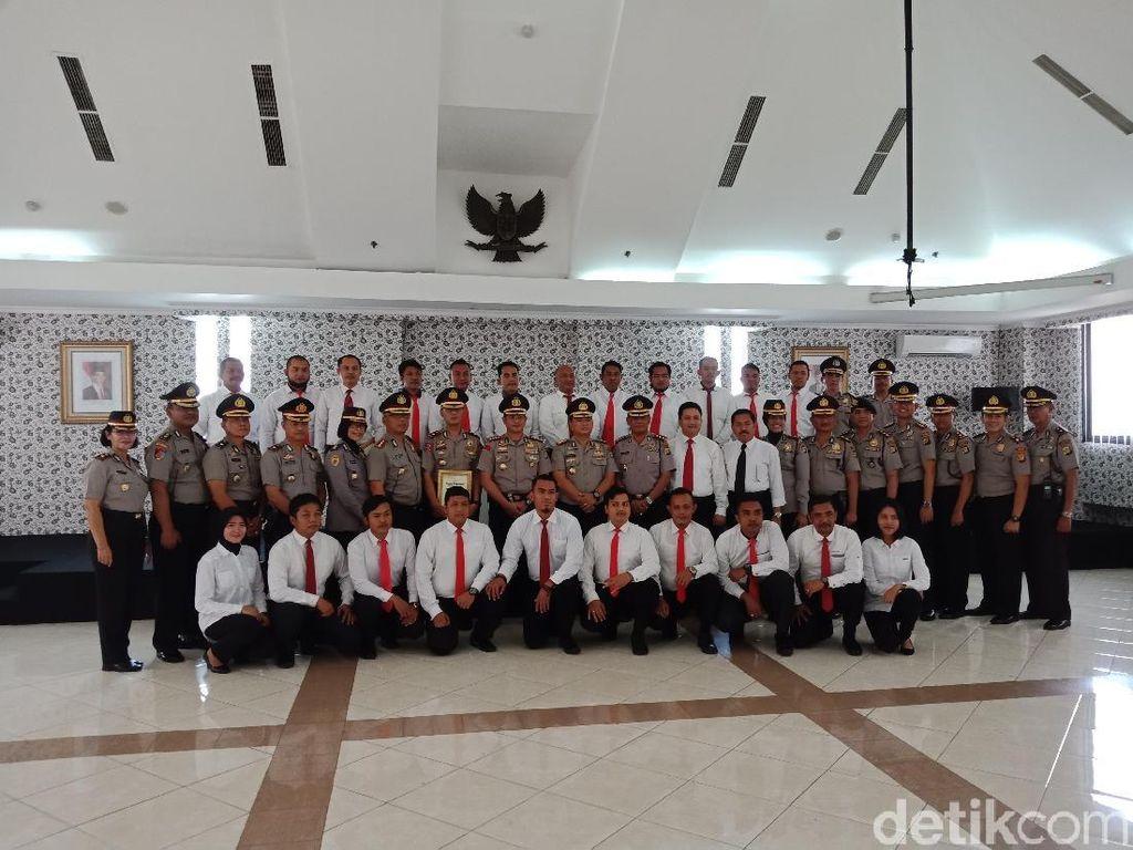 Ungkap 2 Kasus Narkoba, 28 Anggota Polres Jakut Dapat Penghargaan