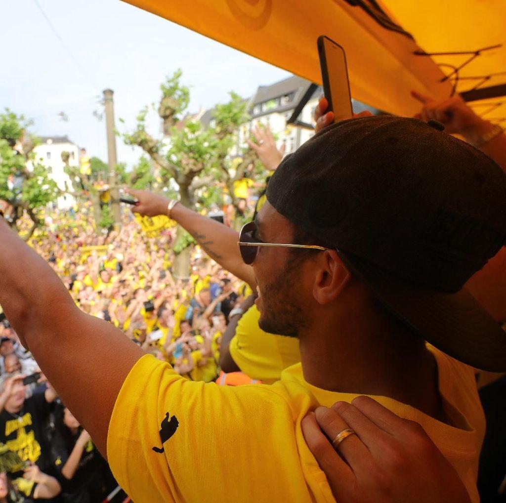 Usai Pindah ke Arsenal, Aubameyang Minta Maaf kepada Fans Dortmund