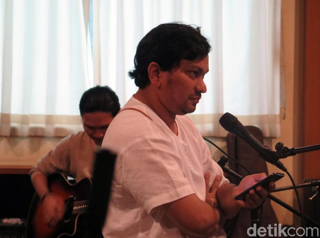 Ini yang Dirasakan Tompi saat Motret Jokowi dan Keluarga di Istana Bogor