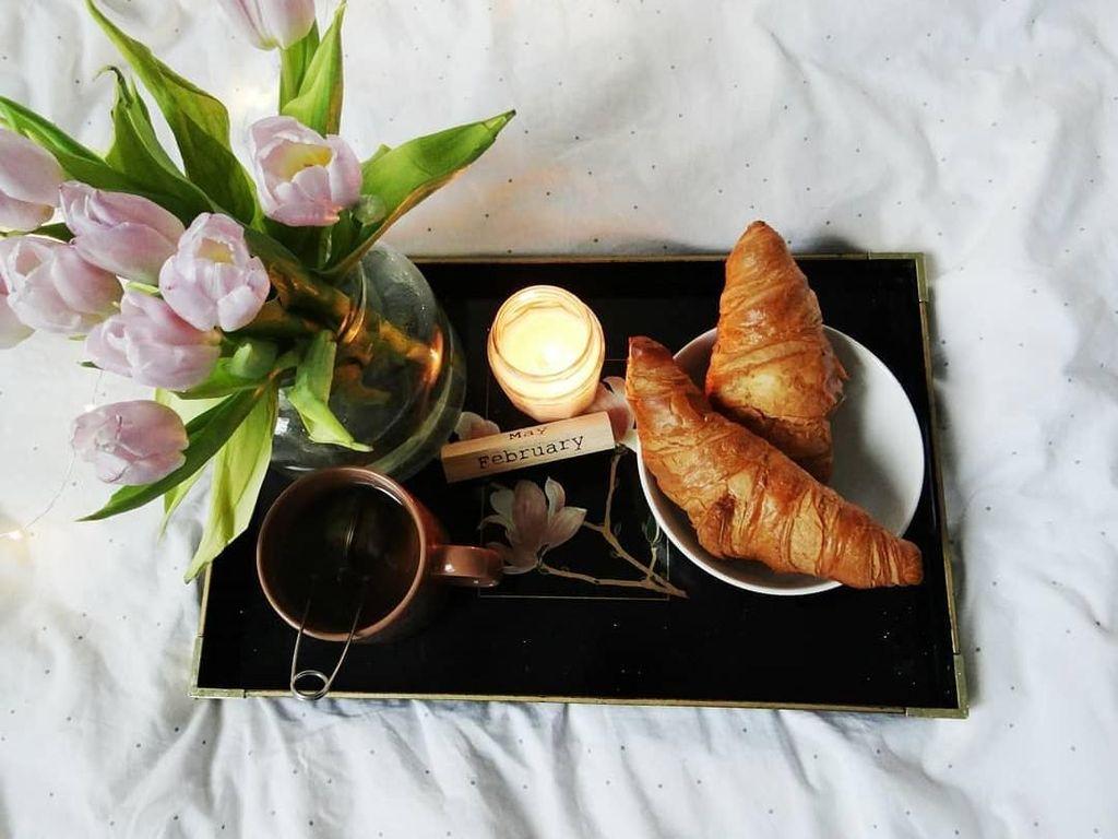 Bersantai Sambil Mencicip Croissant Enak di Beccas