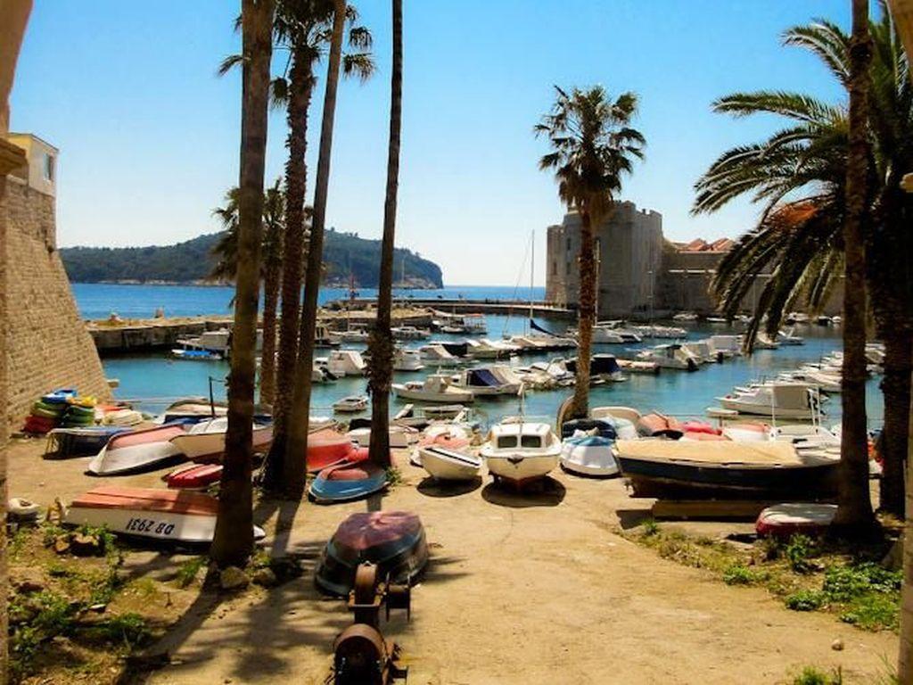 Deretan Pelabuhan Tertua dengan Pemandangan Terindah