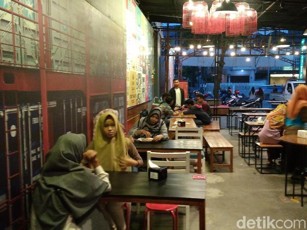 Siap-Siap! Warung di Surabaya Akan Kena Pajak