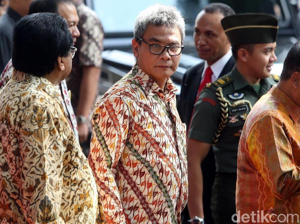Bagi Sembako Jokowi Disebut Kampanye, Istana: Tak Masuk Akal