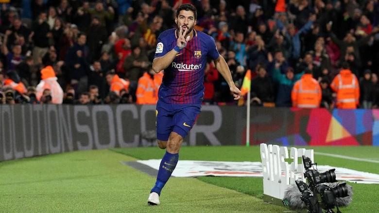 Luis Suarez vs Valencia: 9 Laga, 9 Gol