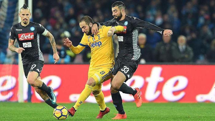 Laga antara Juventus dan Napoli di Turin bulan depan diyakini bisa jadi penentu dalam perburuan scudetto(Foto: Francesco Pecoraro/Getty Images)