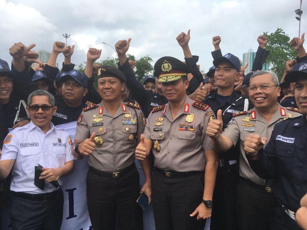 Polri Puji Satpam Jaga Keamanan Warga di Peringatan HUT ke-37
