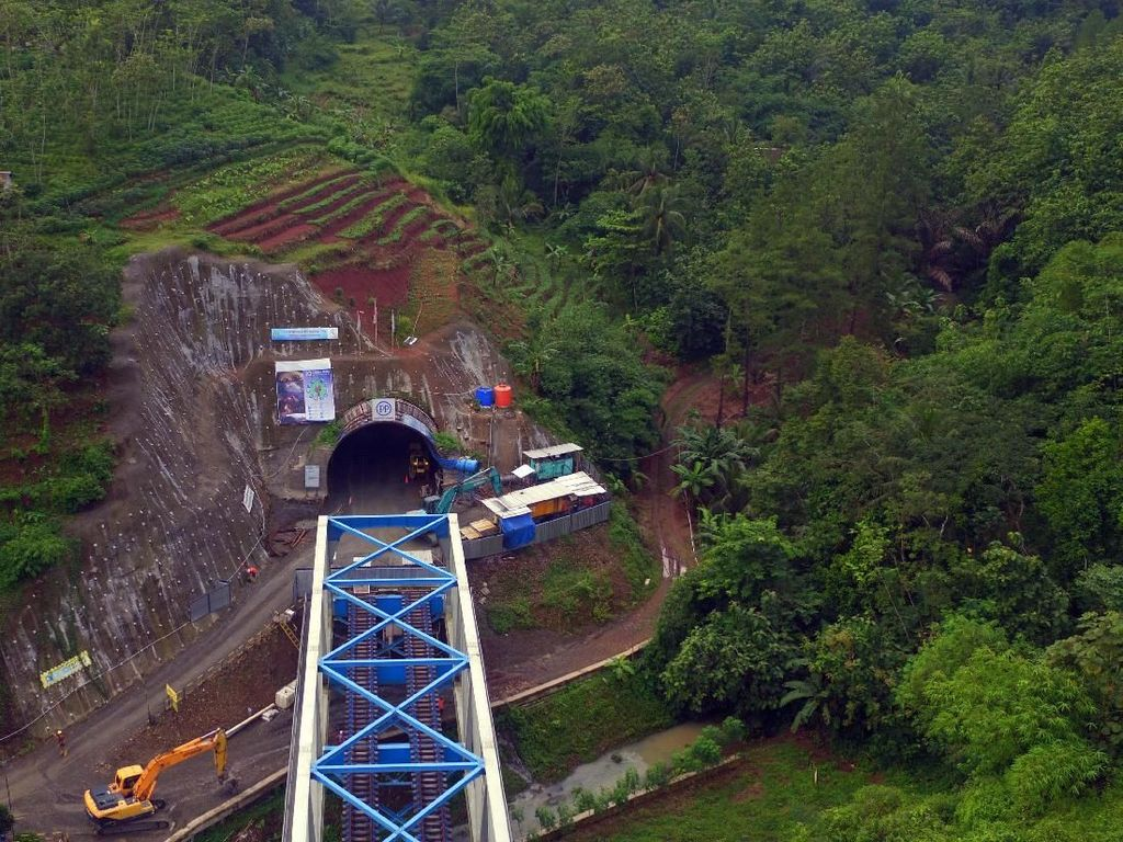 Yuk Lihat Proyek Terowongan Double Track Pertama RI, Keren Lho