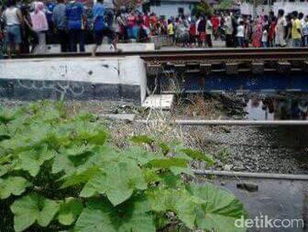 Sehari Dua Warga Sidoarjo Tertabrak Kereta, Satu Orang Tewas