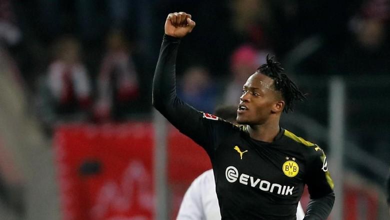 Debut Sempurna Batshuayi di Dortmund: 1 Assist, 2 Gol, 3 Poin