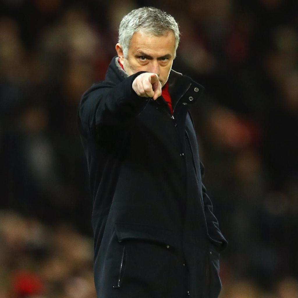 Tak Perlu Bela Diri, Mourinho