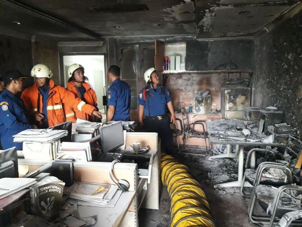 Ruang BKSAP Terbakar, Bamsoet Minta Gedung Baru DPR Dibangun