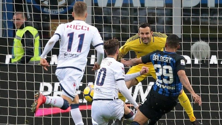 Puasa Kemenangan Inter Berlanjut Usai Ditahan Crotone